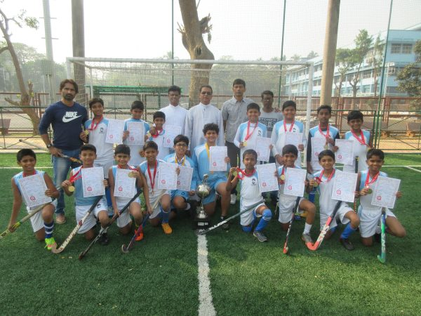 Hockey u-12 A team retains late Olympian Walter D'Souza trophy