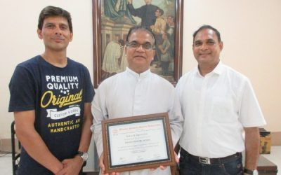MSSA awards a token of appreciation to the school on the occasion of its 125th year!