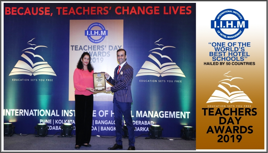 Mrs. Lynnette Remedios bags the IIHM Pune Best Teacher award
