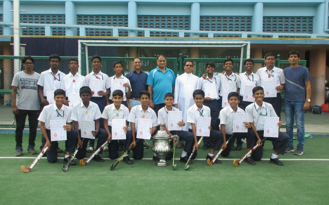 U-16 hockey team wins Jr. Aga Khan hockey trophy!